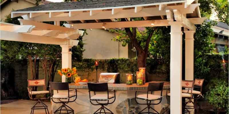 Create A Perfect Outdoor Bar For Your Wine Tasting Parties