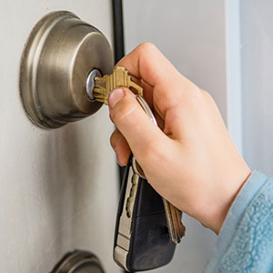 How to Open a Deadbolt Lock Door without the key